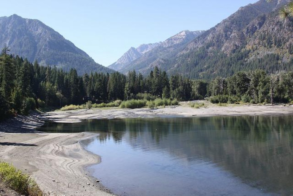 Wallowa Lake in northeastern Oregon. The year 2015 was the warmest on record for Oregon and several other western states, resulting in low western snowpacks and less water in many lakes and rivers.