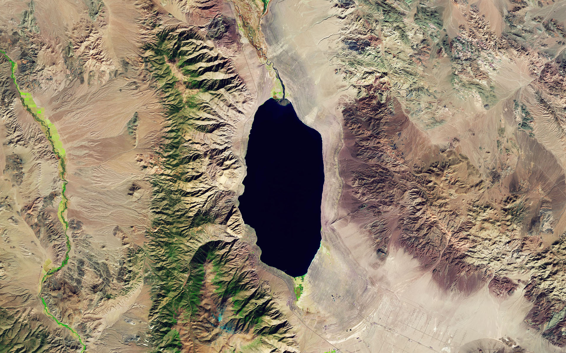 Today's Image of the Day comes from the NASA Earth Observatory and features a look at Walker Lake, located about 75 miles southeast of Reno, Nevada.