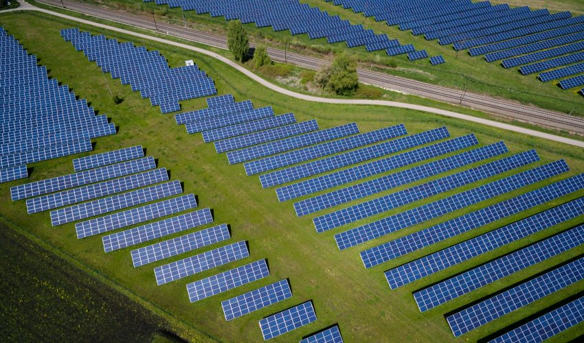 China leads global solar energy investment as US, Europe lag