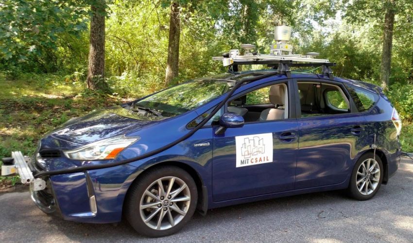 MIT self-driving auto tech navigates with only Global Positioning System and sensors