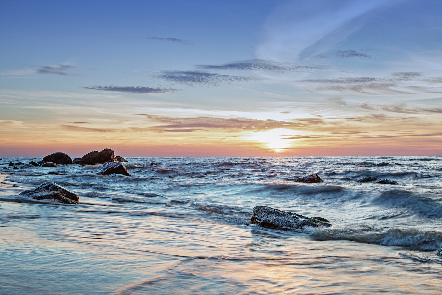 According to 26 experts from 21 scientific institutions, drastic changes in the Baltic Sea could be used as in invaluable model for predicting upcoming changes to oceans across the globe.