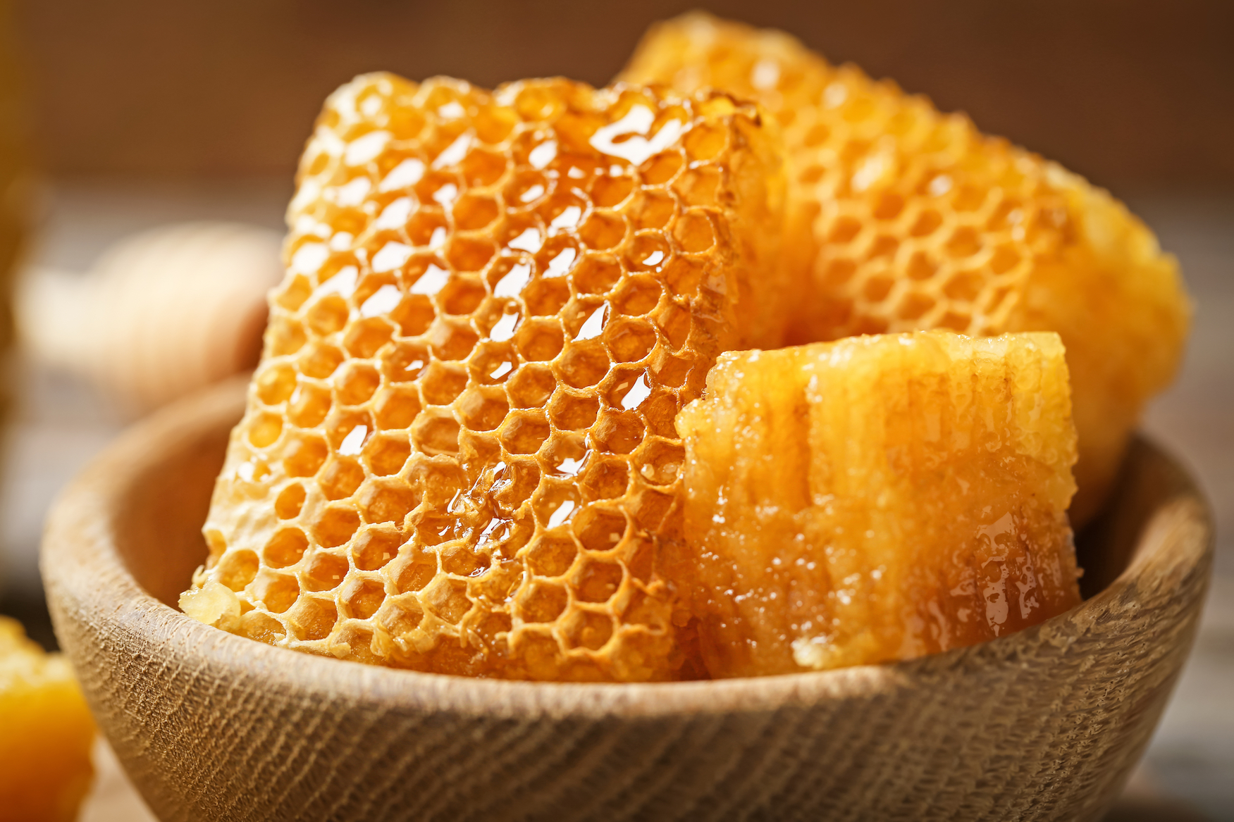 Scientists have modeled 3D porous materials after honeycombs. As a result, the experts have created a simple and fast method of developing selective filters that may ultimately be used to remove pollutants or viruses.