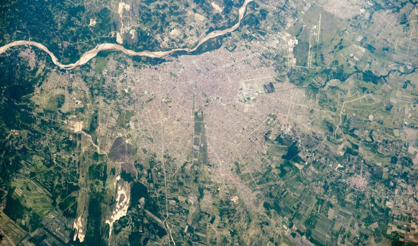 Today's Image of the Day comes from the NASA Earth Observatory and features a look at the city of Santa Cruz, Bolivia from the International Space Station.