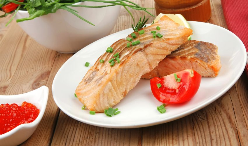 The American Heart Association has just released a new advisory that continues to recommend eating fish twice a week, as it could help reduce the risk of stroke, heart failure coronary heart disease, and cardiac arrest.