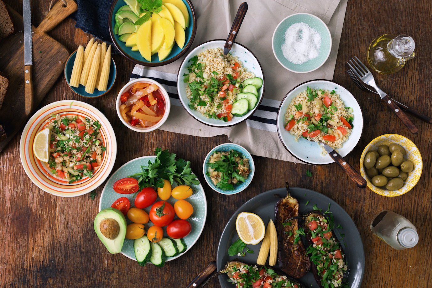 Researchers from the Nestle Research Center in Switzerland set out see how much a healthy diet actually costs and which diet would be the most cost-effective. It turns out that eating vegetarian is the most affordable option for people if they shop online.