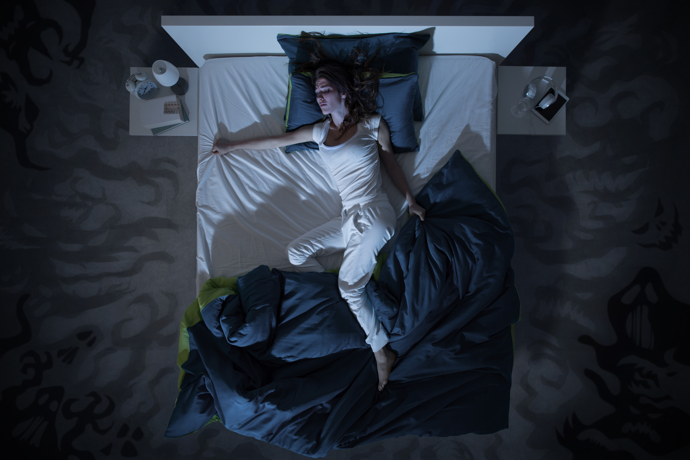 While being jarred awake in the middle of the night from frightening dreams can actually cause health issues, experts also say that confronting nightmares can be beneficial.