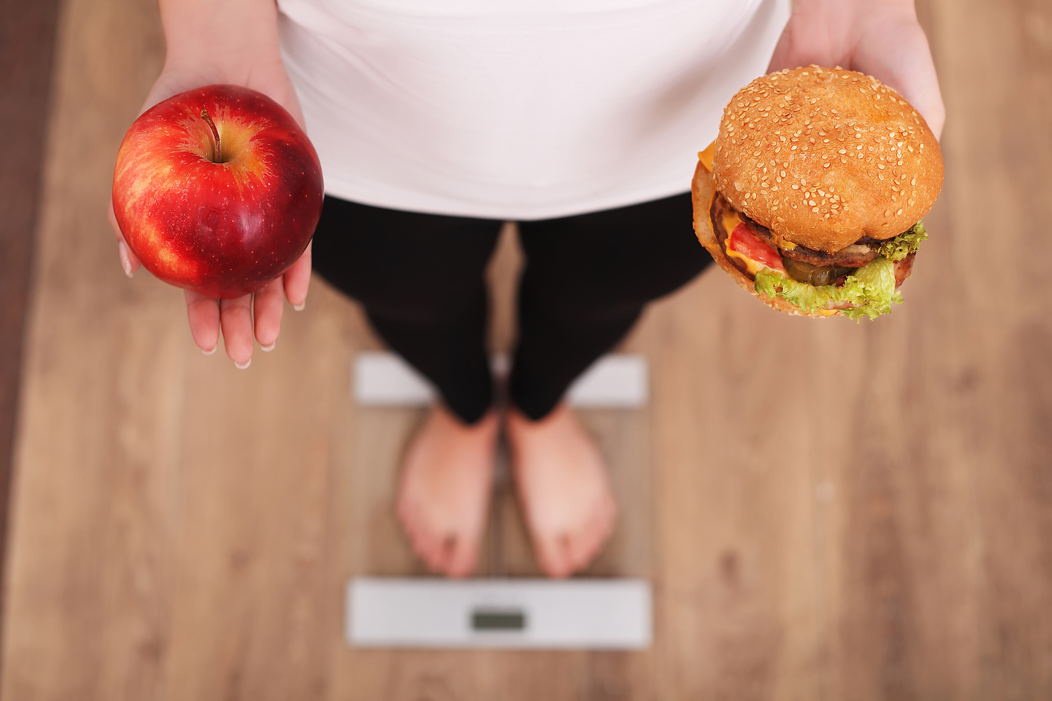 A new study has found that successful weight loss maintainers have different behavioral and physiological responses to food than people with obesity and those who consistently stay lean.