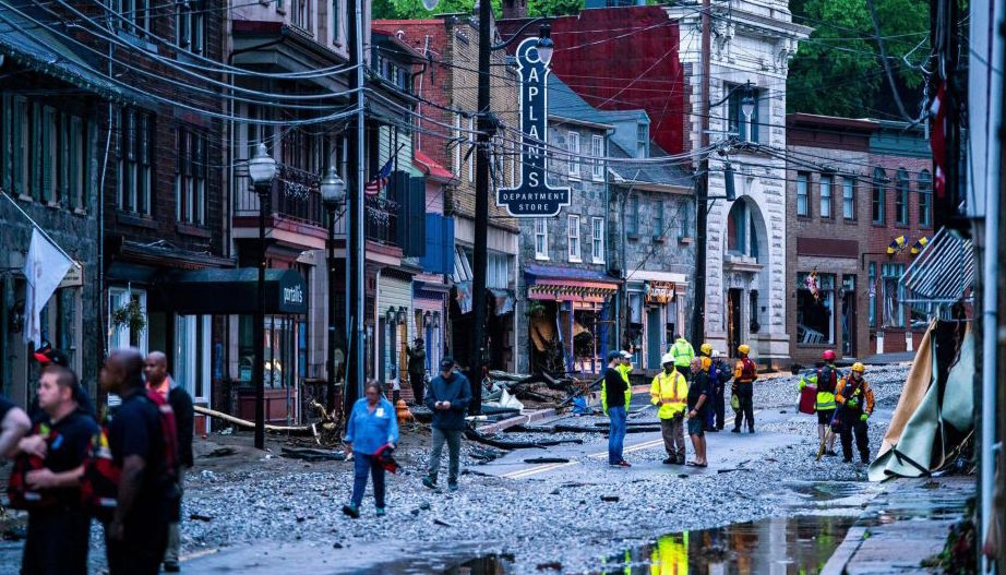 Residents of Ellicott City, Maryland, found themselves in a desperate situation on Sunday when over six inches of rain fell in just two hours and triggered catastrophic flash flooding.