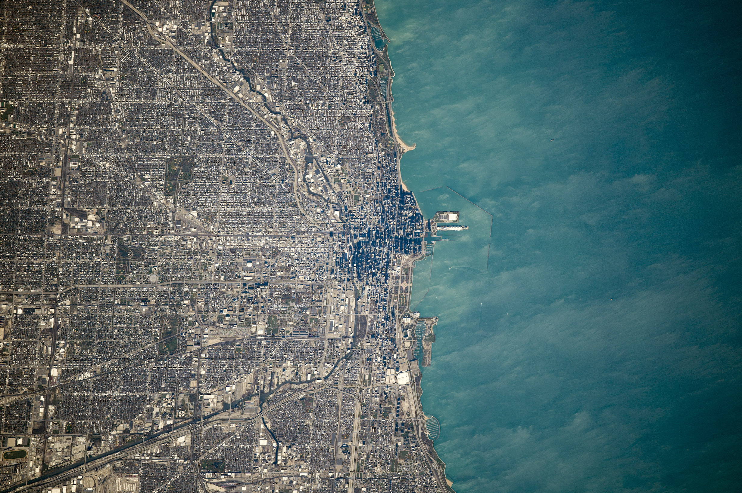 Today's Image of the Day comes from the NASA Earth Observatory and features a look at the city of Chicago and Lake Michigan.