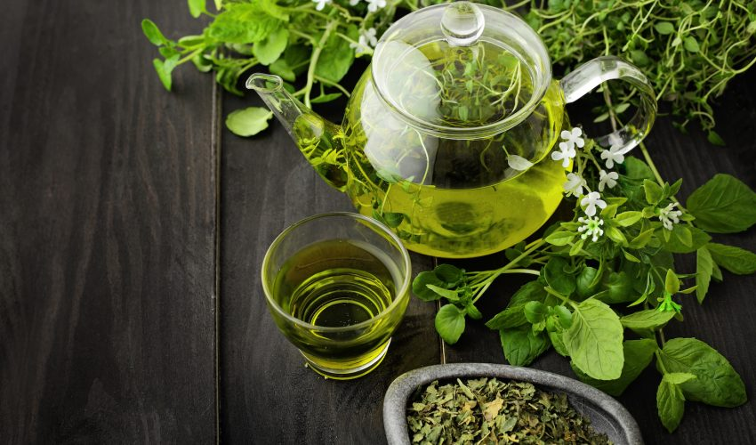 Groundbreaking research funded by the British Heart Foundation has found that green tea may be able to prevent fatal heart attacks and strokes caused by the hardening and narrowing of the arteries, or atherosclerosis.