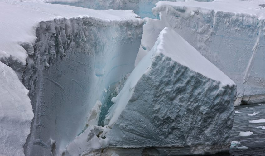 An international team of researchers led by the University of Adelaide is reporting that ocean swells produced by storm winds have caused the extreme decomposition of Antarctic ice shelves in recent decades.