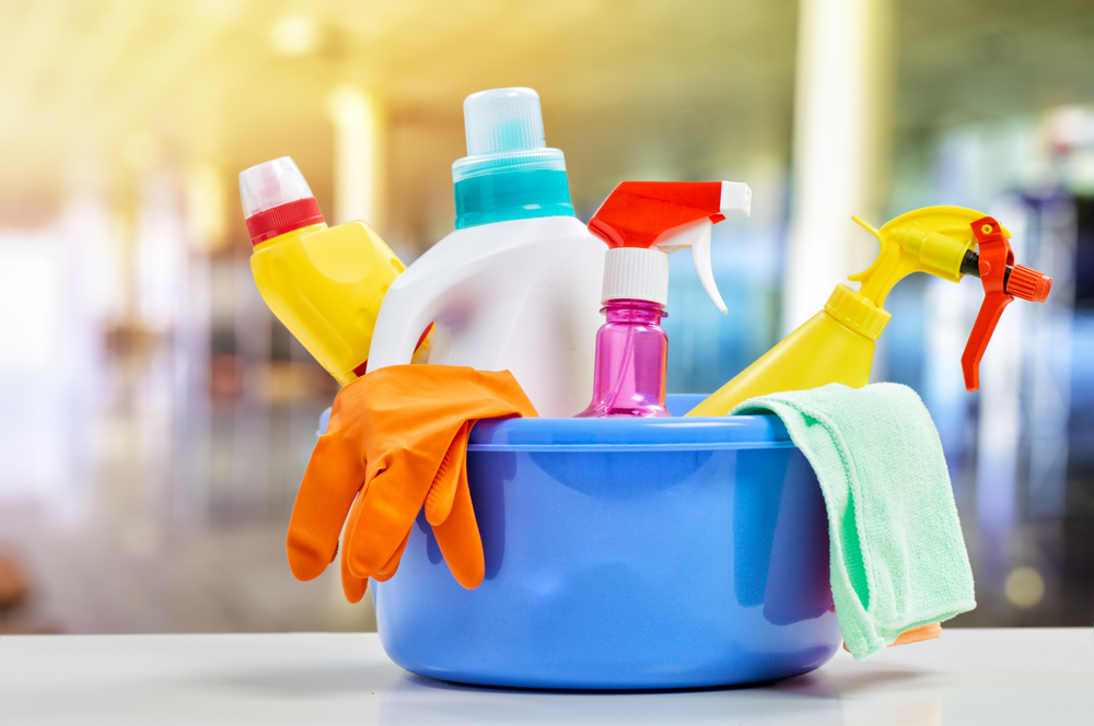 A number of common household items, including certain cleaners, can produce formaldehyde vapor. Two anonymous sources with links to the EPA have told Politico that officials are blocking release of a report linking formaldehyde vapor to cancer.