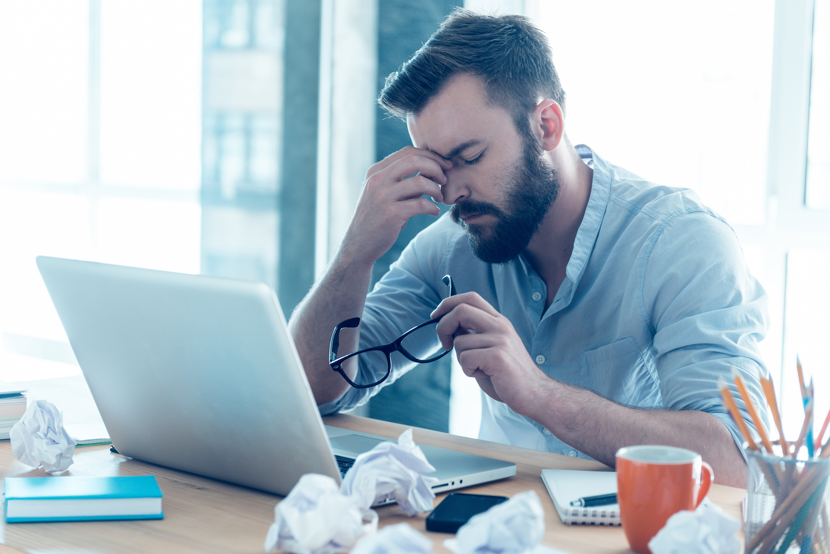 A new study has found that people who suffer from sleep deprivation feel isolated and are less inclined to socially engage with others.
