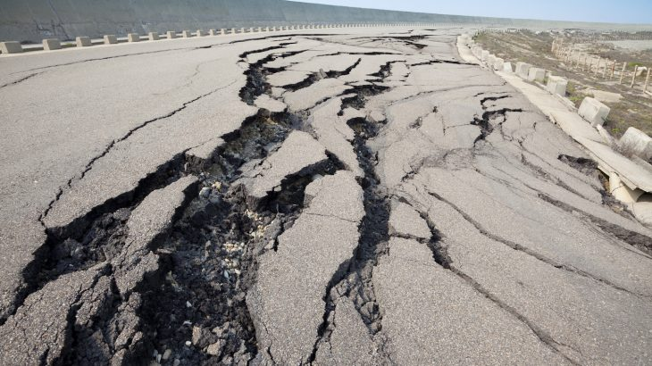 A new study has found a large earthquakes may be capable of removing significant amounts of carbon dioxide from the atmosphere.
