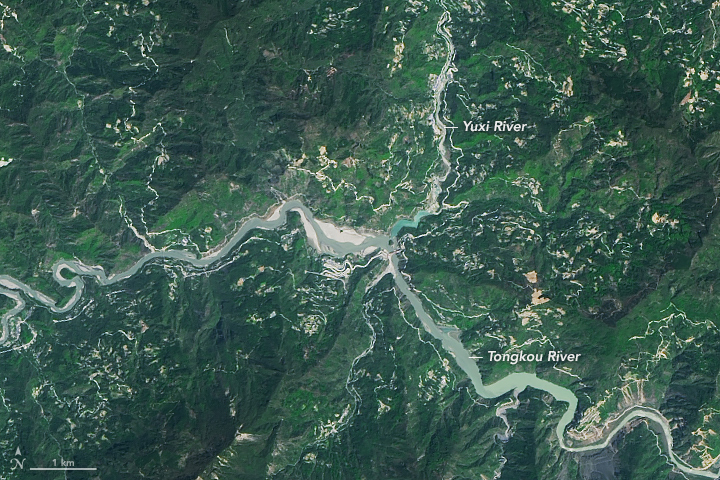 Today's Image of the Day from NASA Earth Observatory shows the long-term impacts of the Great Sichuan earthquake that struck south-central China on May 12, 2008.