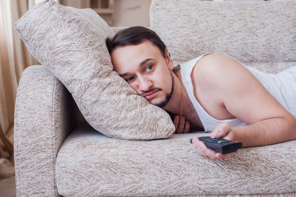 A new study from the University of British Columbia (UBC) has revealed that our brains are actually hardwired to be lazy to conserve energy.