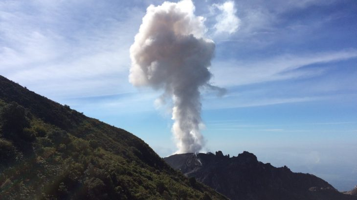 A new method could help reduce the dangers, health risks, and travel impacts of ash plumes during a volcanic eruption.