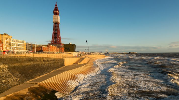 Rising sea levels could cost England about 90 miles of coastal land by 2080, a study warns.