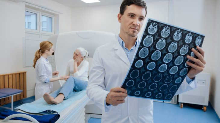Researchers from Washington University School of Medicine conducted a study examining the potential of MRI scans in predicting dementia risk.
