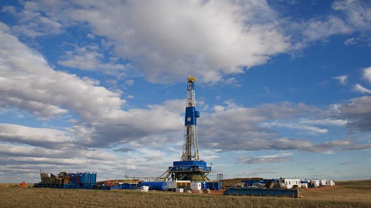 An oil rig stands on May 3, 2010 near Williston, North Dakota. The drilling boom in the U.S. spells global disaster, Oil Change International claims in a new report.