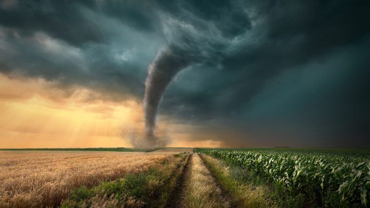 According to a new report, tornadoes claim fewer than 100 lives each year in the United States, but this number still needs to be reduced.
