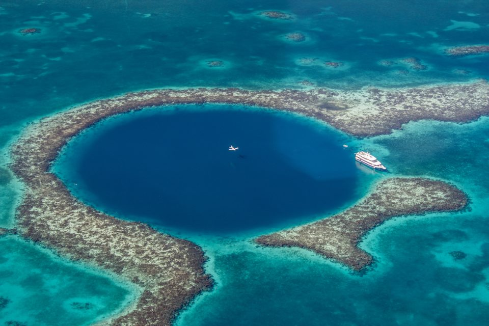 A three-week expedition to Belize has produced the first 360 degree map of the Great Blue Hole, a massive marine sinkhole.
