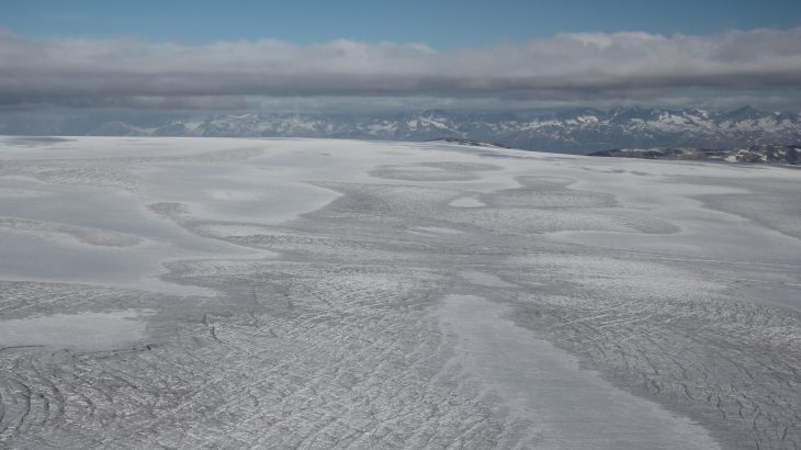 Researchers from Brown University have found that the snowline elevation of Greenland's ice sheets influences how much solar radiation is absorbed into the ice sheet.