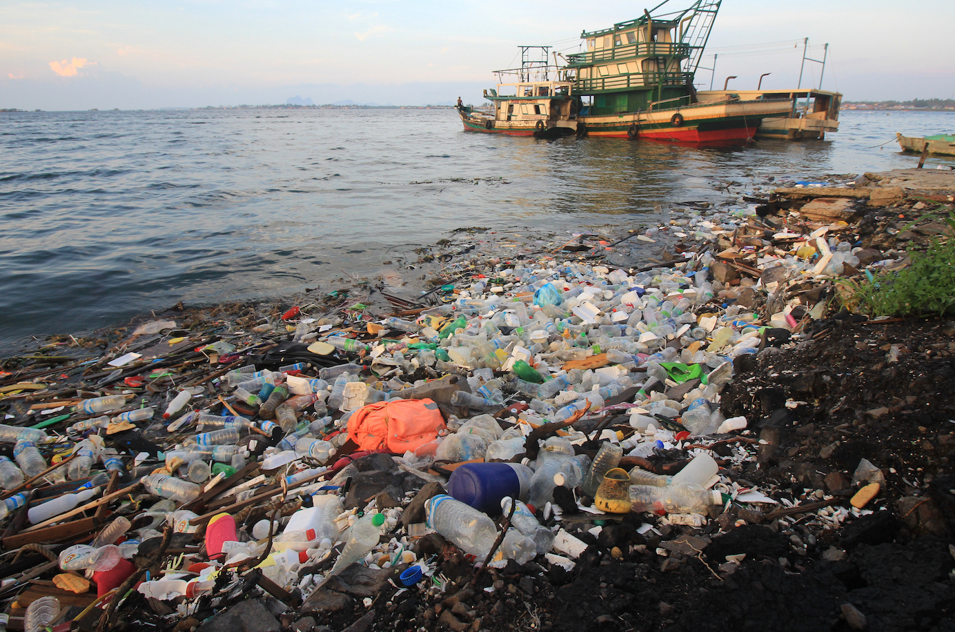 Plastic pollution becoming one of the world's biggest ...