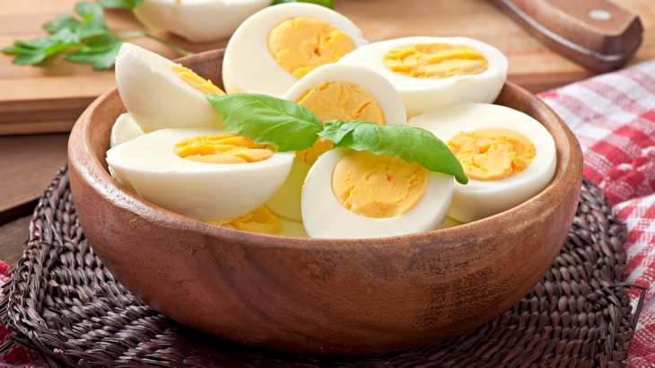 A new study shows that people who eat more eggs and dietary cholesterol have a higher risk of cardiovascular disease.