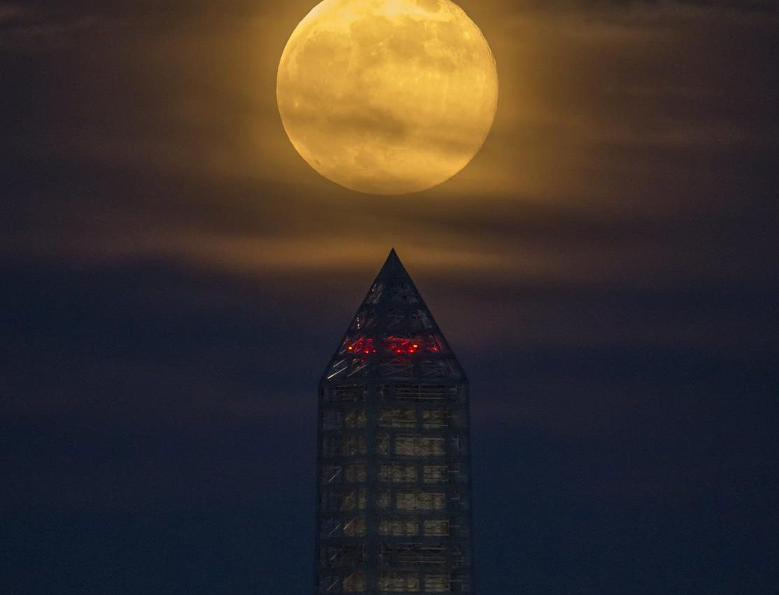 Moonlit Washington Monument