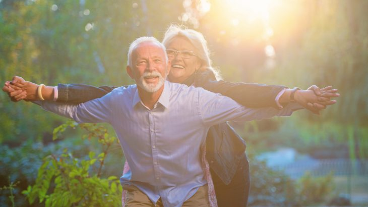 People who have a happy spouse are not only more likely to having a longer-lasting marriage, but may even have a longer-lasting life.