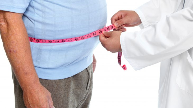 A new study from University College London suggests that maintaining a healthy weight may substantially reduce the risk of developing dementia later in life.