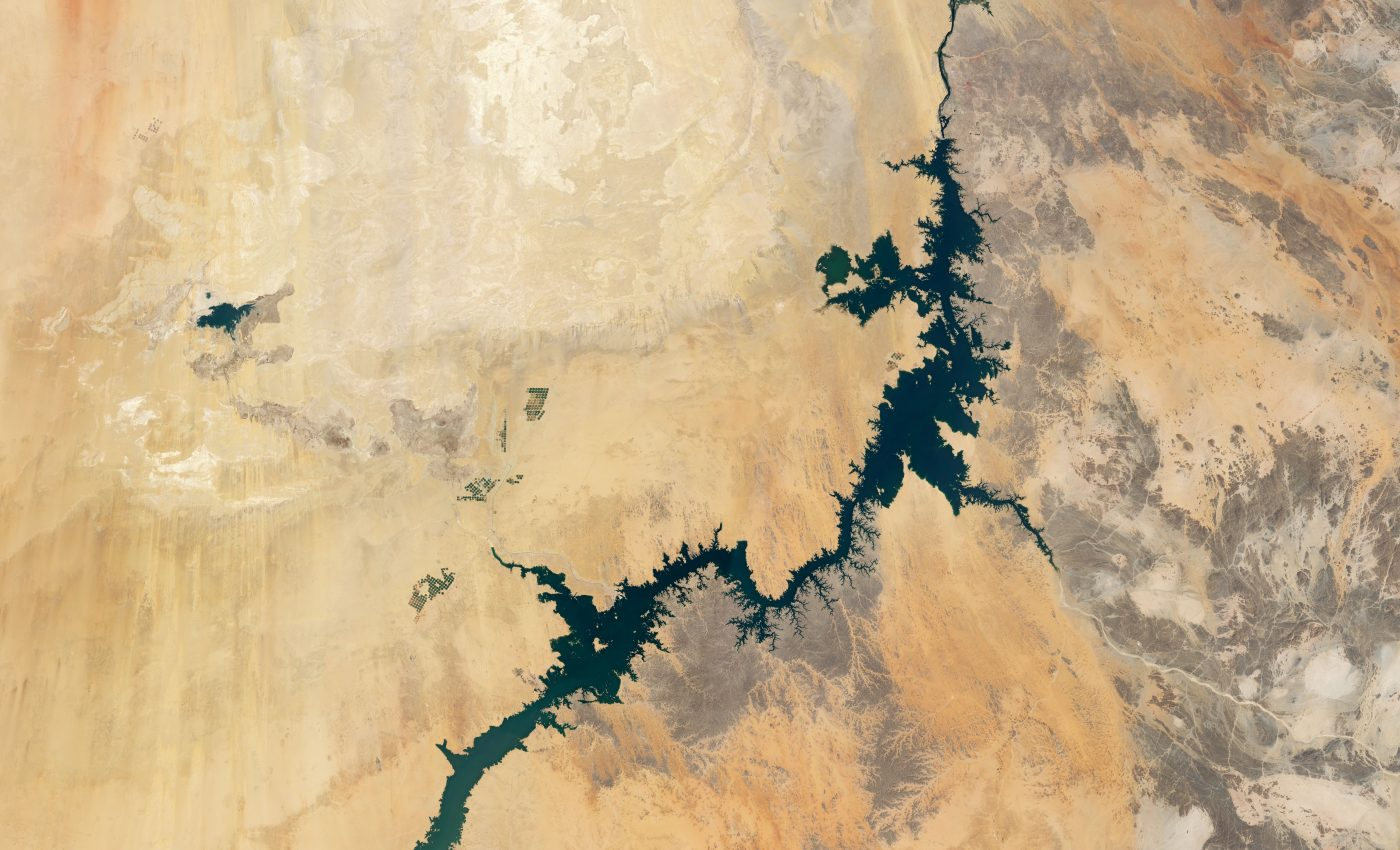 Today's Image of the Day from NASA Earth Observatory features the Nile River and one of the largest man-made lakes in the world, Lake Nasser, in southern Egypt.