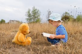 There is a universal framework for storytelling, and it is shaped by invisible words, according to a new study from the University of Texas at Austin.
