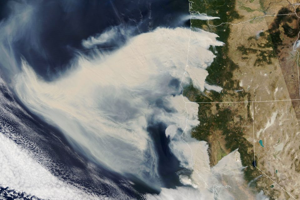 Powerful downslope winds fueled wildfires