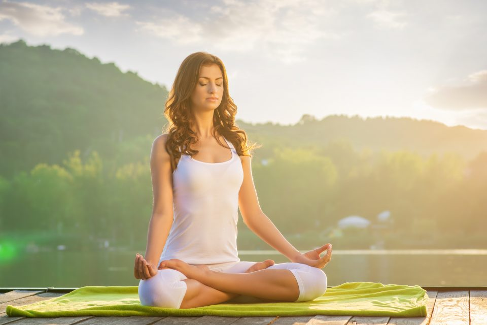 Chronic pain can be reduced by practicing yoga and meditation, according to a new study from the American Osteopathic Association.