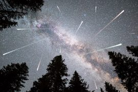 When the Earth's atmosphere crosses the comet's path tonight and tomorrow, the meteor shower will reach its peak.