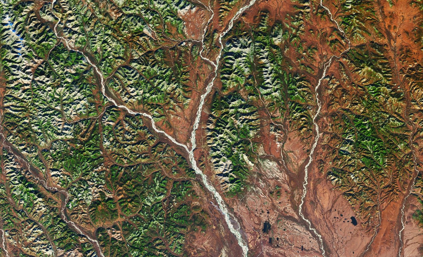 Today's Image of the Day from NASA Earth Observatory features the Dzhugdzhur Mountains in the far east region of Siberia