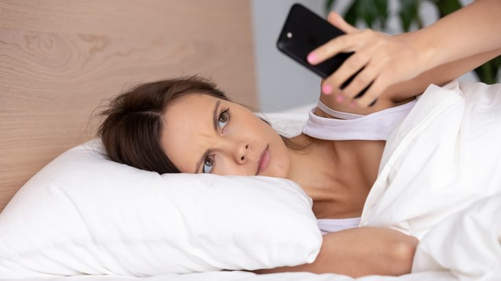 An international team of researchers led by Western Sydney University reports that less screen time and more sleep are critical for preventing depression.
