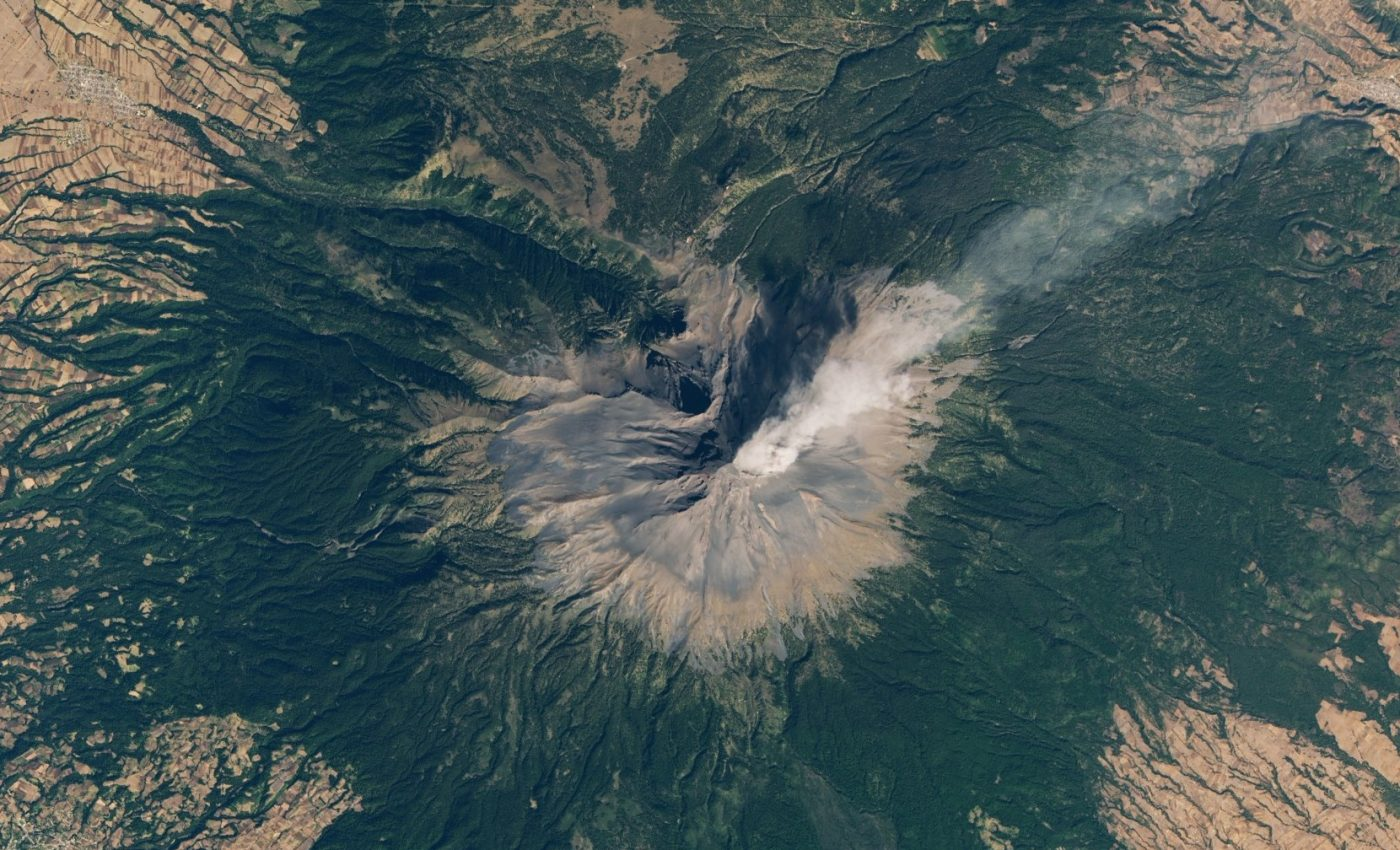 Today's Image of the Day from NASA Earth Observatory features an ash plume rising from Popocatépetl, an active stratovolcano in central Mexico.