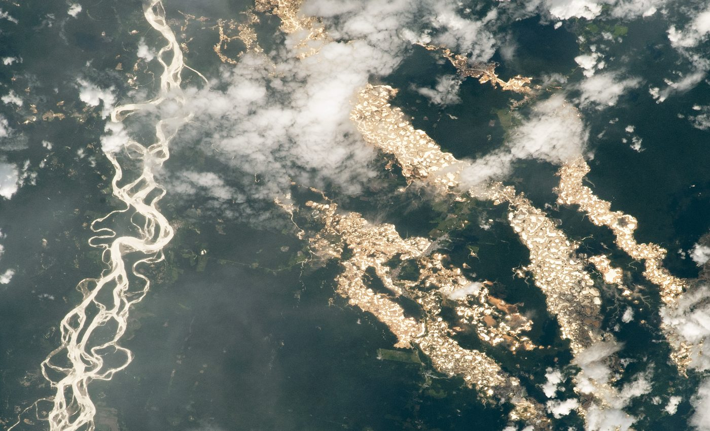 Today's Image of the Day from NASA Earth Observatory features the gold mining region of Madre de Dios in eastern Peru.