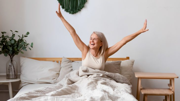 In a new study published by Wiley, experts have found that listening to soft music at bedtime improves sleep quality among older adults