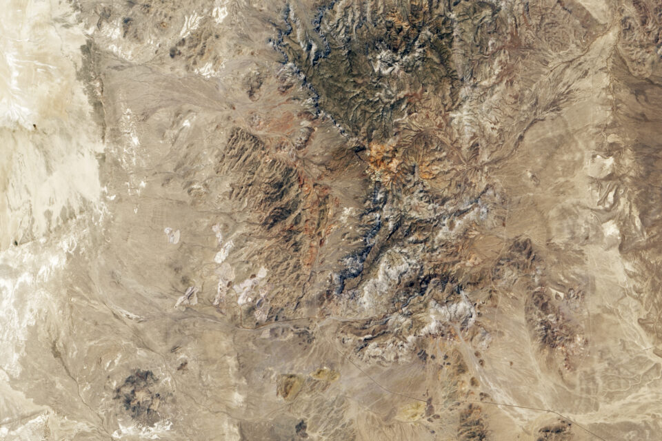 Today's Image of the Day from NASA Earth Observatory features the Spor Mountain mining area in Utah