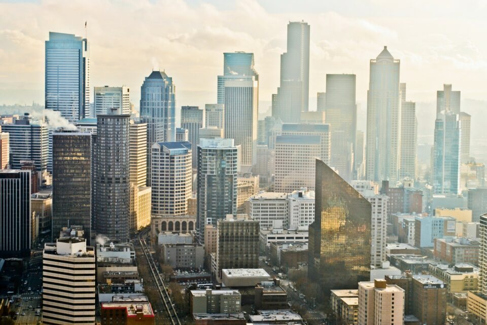 The results of two long-running studies in Seattle have exposed a link between fine particle pollution (PM2.5) and dementia.