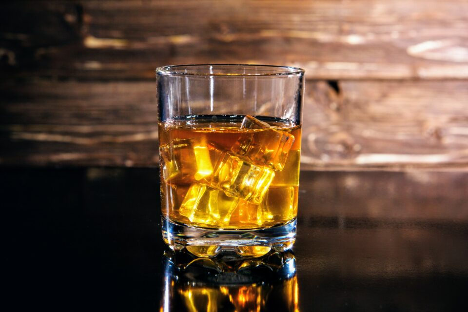 Children with a heavily drinking parent have a greater risk of a number of negative experiences