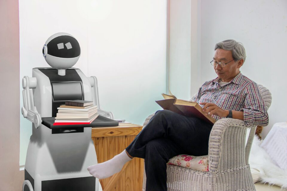 socially interactive robots built to assist seniors with their daily living should be constructed as collaborative and peer-oriented