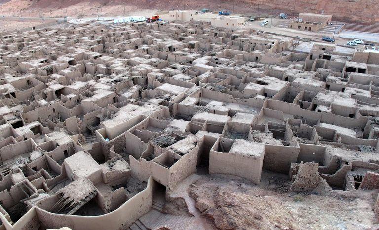 Remains-of-the-ancient-city-of-Al-Ula